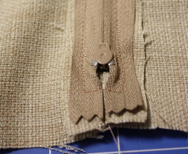 15 zipper sewn in